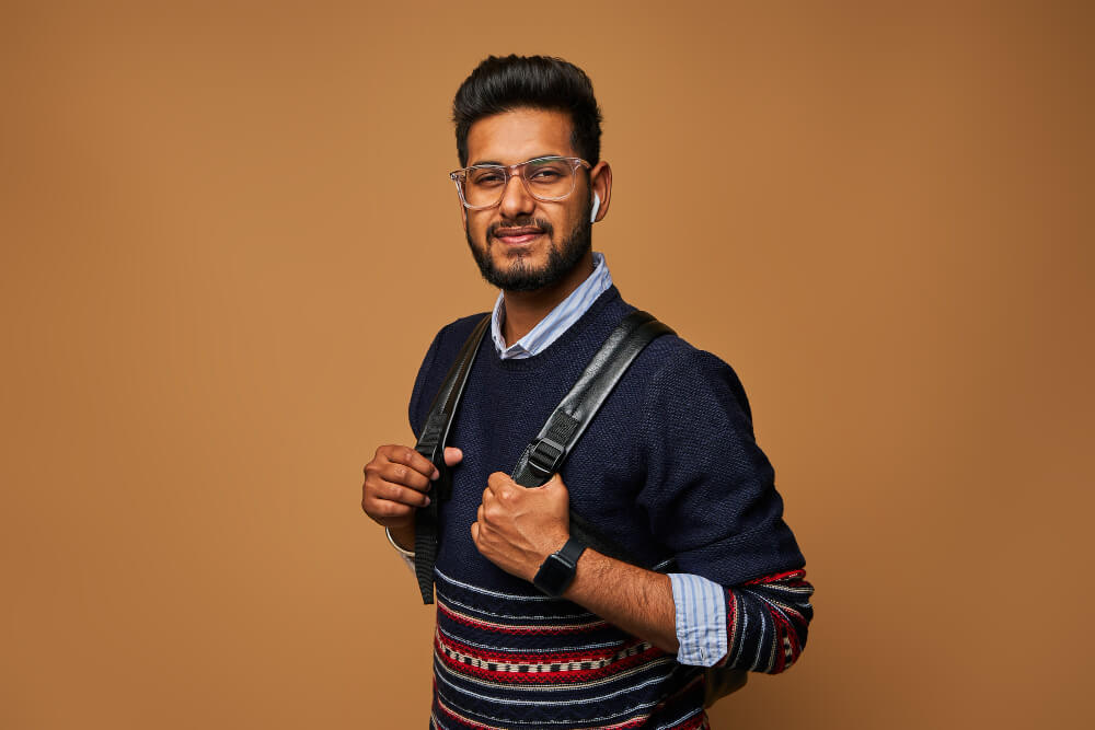 Indian student doing MBA in USA - Featured